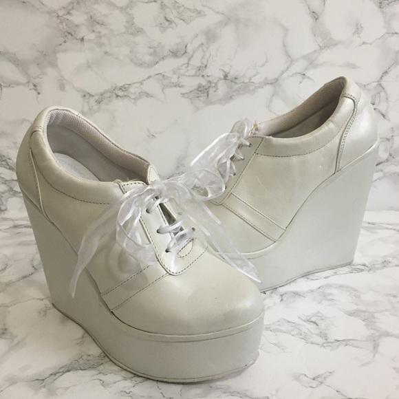 White Leather Platform Bridal Sneakers. M 5b69e70134e48ac9b57f8b94 02f0c9d400de
